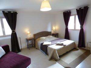 chambre spacieuse avec grande salle de bain privative, loiret, centre, équitation